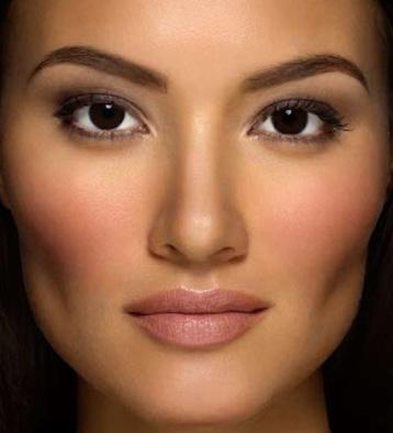 آرایش صورت با پوست تیره و چشم قهوه ای!