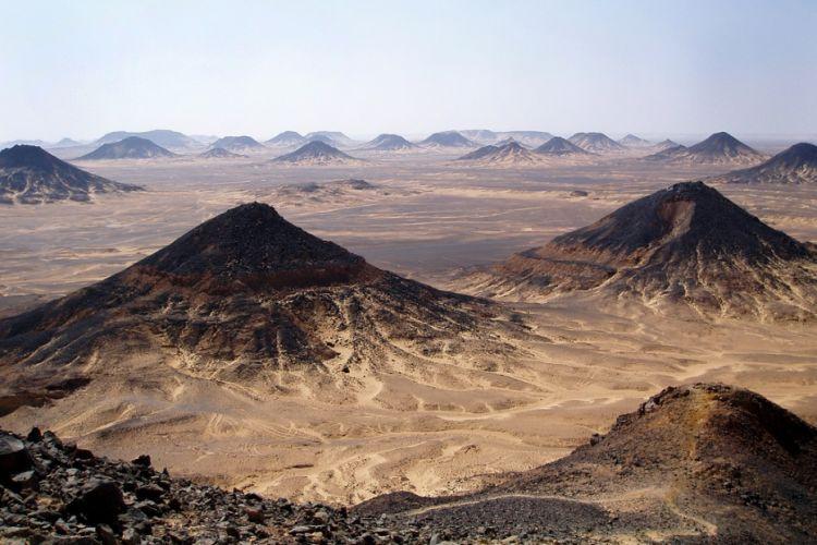 سیاه و سفید کویر ، مصر