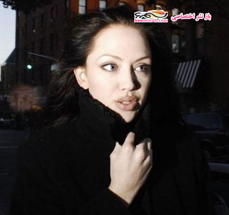 شباهت زن جوان به آنجلینا جولی 1