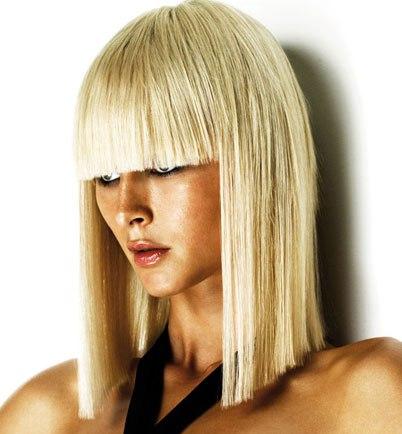 """На нашем сайте для девушек  """"Дамочка """" Вы постоянно отыщите новость - средней длины волосы прически, с фотографиями..."""