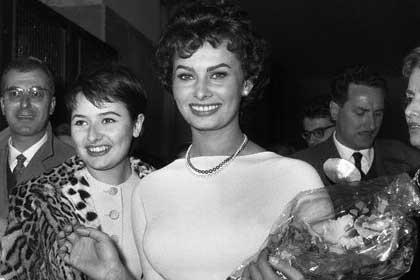 همسر سوفیا لورن فواید روغن زیتون راز زیبایی حمام روغن زیتون بیوگرافی سوفیا لورن