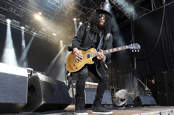 نوازنده گیتار,گیتار برقی,نوازندگی,راک,اسلش