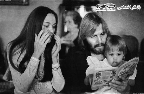 آنجلینا جولی و پدر و مادرش