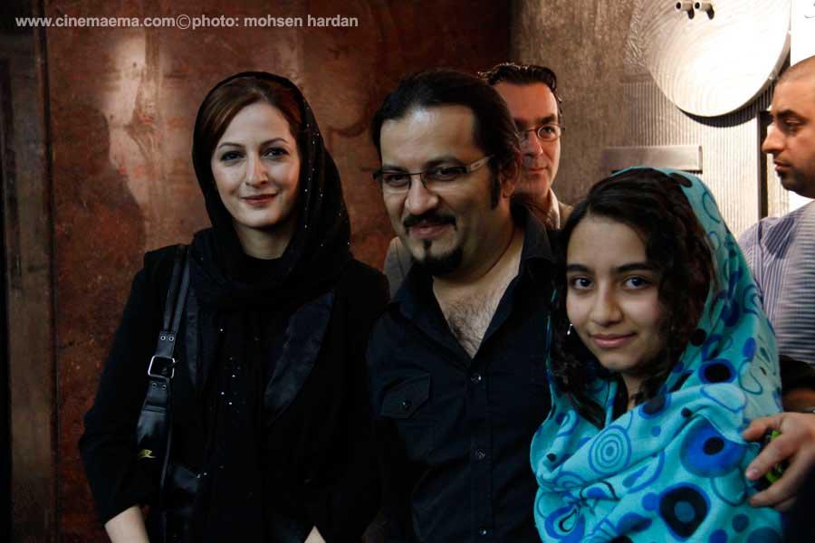 مهراب قاسمخانی، شقایق دهقان و دخترشان