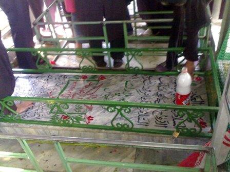 عکس   عکس شهیدی که قبرش همیشه بوی عطر میدهد!
