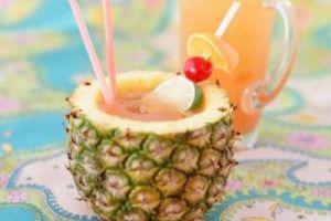 روشهای تزئین آناناس برای شب یلدا