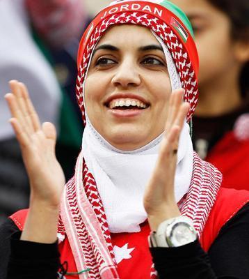 شباهت زن اردنی به عادل فردوسی پور