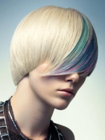 короткие стрижки на пышные волосы фото, плетение кос на