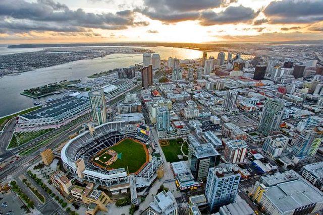 تصاویر: زیباترین استادیوم های سراسر جهان www.TAFRIHI.com