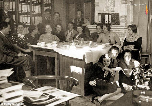 [Image: Rare_Images_of_Hitlers_Wife_Eva_Braun_19.jpg]