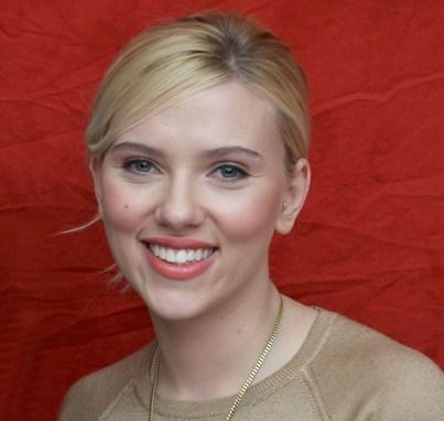 Scarlett Johansson 2011 Golden Globe آشنایی با رژیم غذایی بازیگران هالیوود