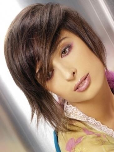 berendowicz hair style thumb مدل موهای کوتاه زنانه ۲۰۱۱ همراه با رنگ مو