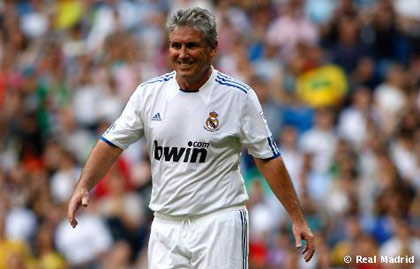 بازگشت ستارگان سابق فوتبال جهان به مستطیل سبز+تصاویر www.TAFRIHI.com