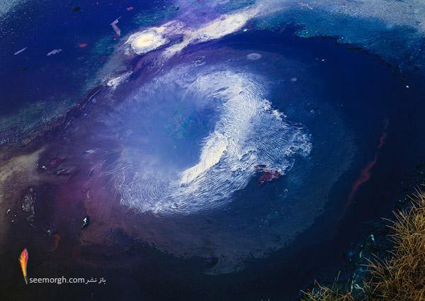 مکان آتشفشانی بسیار زیبا با حوضهای آب داغ و.... (+عکس) www.TAFRIHI.com