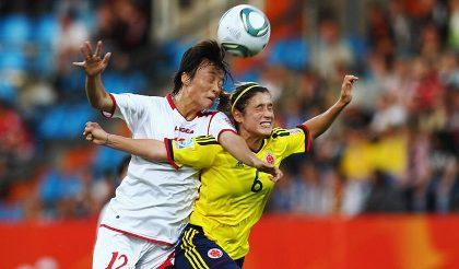 وقتی زنان فوتبالیست هد می زنند