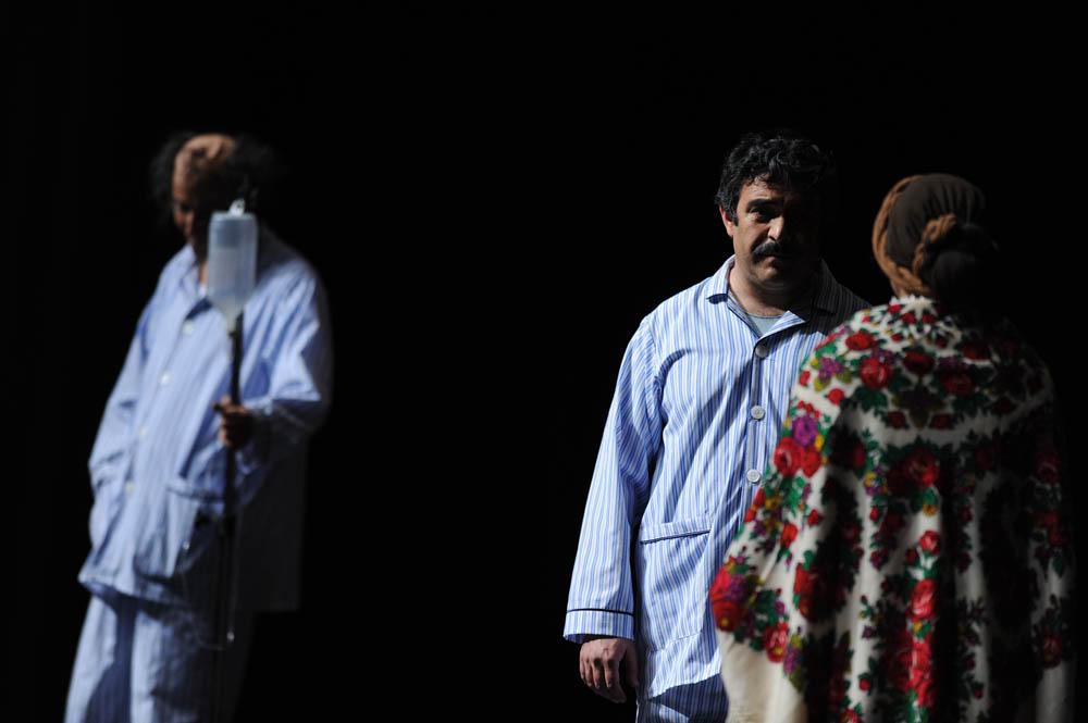 گزارش تصویری: تئاتر منهای دو به کارگردانی داوود رشیدی www.TAFRIHI.com