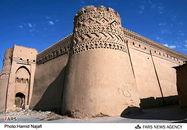 قلعه مهرجرد در ميبد