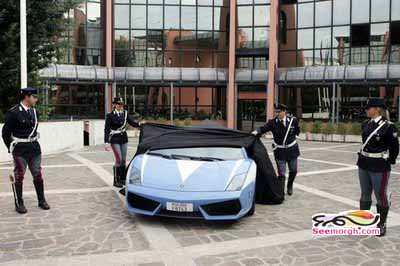 تصاویر لامبورگینی بسیار زیبای پلیس!