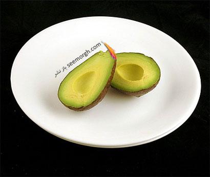 این غذاها تنها 200 کالری دارند,آووکادو (125 گرم = 200 کالری Calories)
