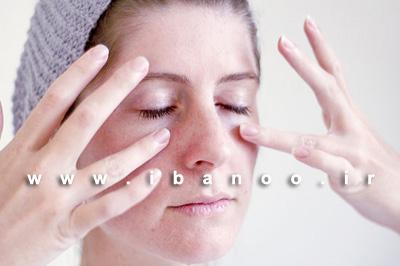 مرحله نهم ماساژ صورت برای کاهش روند پیری و از بین بردن چین و چروک صورت,آموزش تصویری ماساژ صورت برای کاهش روند پیری و چین و چروک پوست