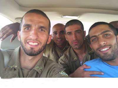 عکس جالب از سربازی بازیکنان فوتبال!!