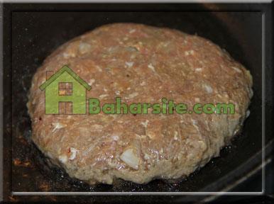 همبرگر,همبرگر با شیر,مرحله ششم تهیه همبرگر با شیر