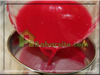 مرحله سوم برای درست کردن ژله هندوانه برای شب یلدا