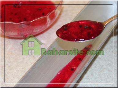 مرحله پنجم برای درست کردن ژله هندوانه برای شب یلدا