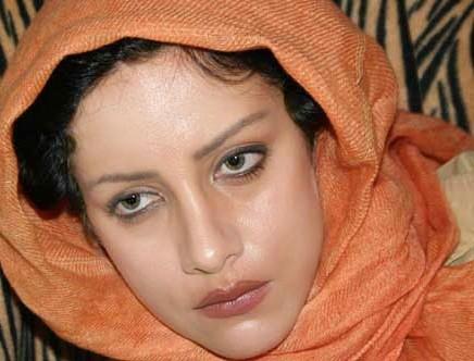 http://www.seemorgh.com/uploads/1392/09/sharareh%20rokham1.jpg