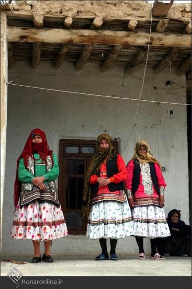 لباس زنان کرمانج