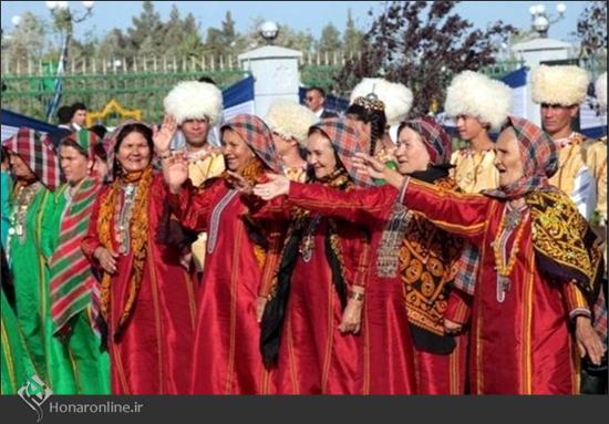 جلوه رنگ در لباس زنان کرمانج