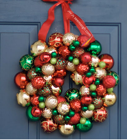 درکوبی با توپ های رنگی برای کریسمس