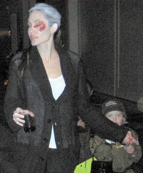 عکسهای جالب آنجلینا جولی و براد پیت همراه با فرزندانشان در شب هالووین در لس آنجلس!