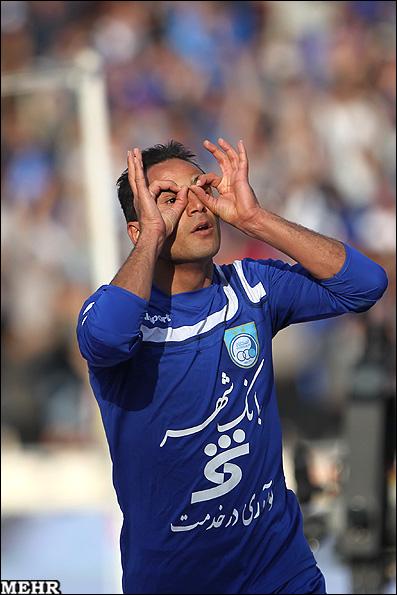 گزارش تصویری دیدار تیمهای فوتبال پرسپولیس و استقلال www.TAFRIHI.com