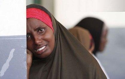 اشک های مادر جوان بعد از جان سپردن کودک