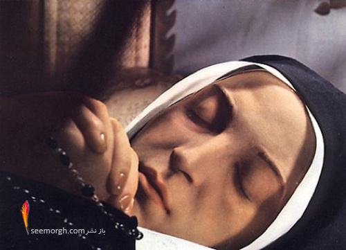 قدیسه های فناناپذیر
