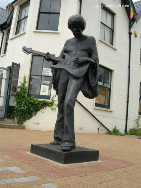 مجسمه جیمی هندریکس