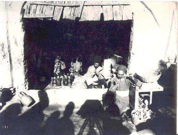 مغازه سفال گري در دوره قاجار