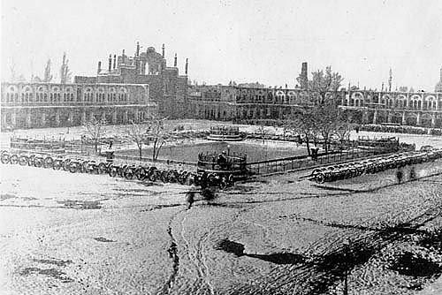 میدان توپ خانه در سال 1320