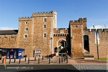 http://www.seemorgh.com/uploads/1390/11/cardiffcastle001-10.jpg