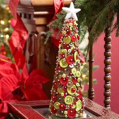 درست کردن درخت کریسمس با دکمه های لباس
