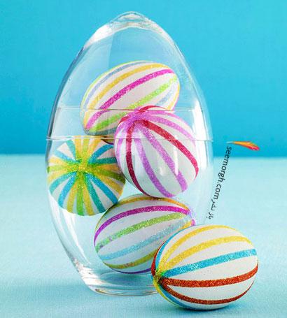 تخم مرغ شیشه ای پر شده با تخم مرغ عید