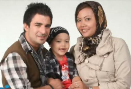 عکس یوسف تیموری و همسرش