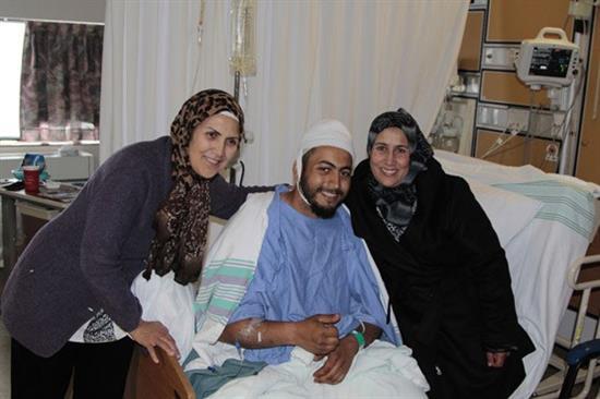 149573 185 شجاعت دو زن باحجاب و نجات دادن مردی که توسط خرس خورده میشد!! + عکس