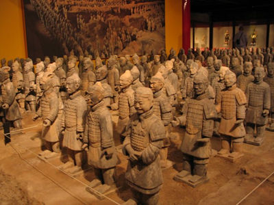 [تصویر:  EP_china_terracotta_warriors_warneke.jpg]