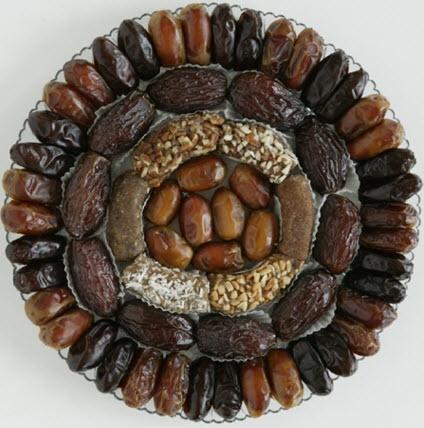 تزیین خرما برای سفره افطار ماه رمضان 1