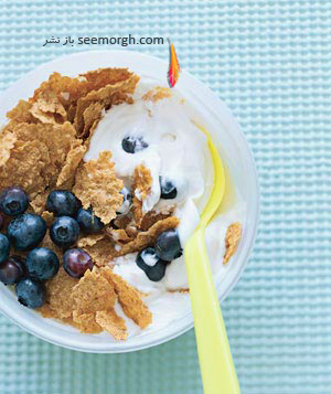 """صبحانه مقوی برای کودکان مدرسه ای : غلات """" شیر و مغز گردو """""""